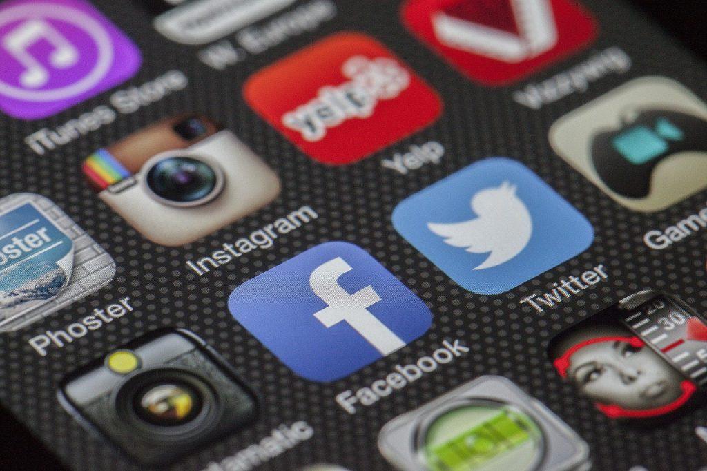 Bedrägerier på sociala medier